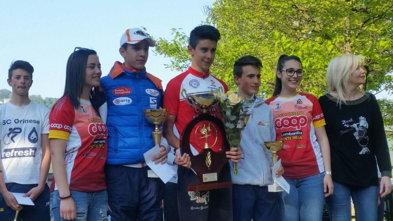 Il podio del 3° Trofeo Città di Brusimpiano, cronoscalata vinta da Antonio Tiberi