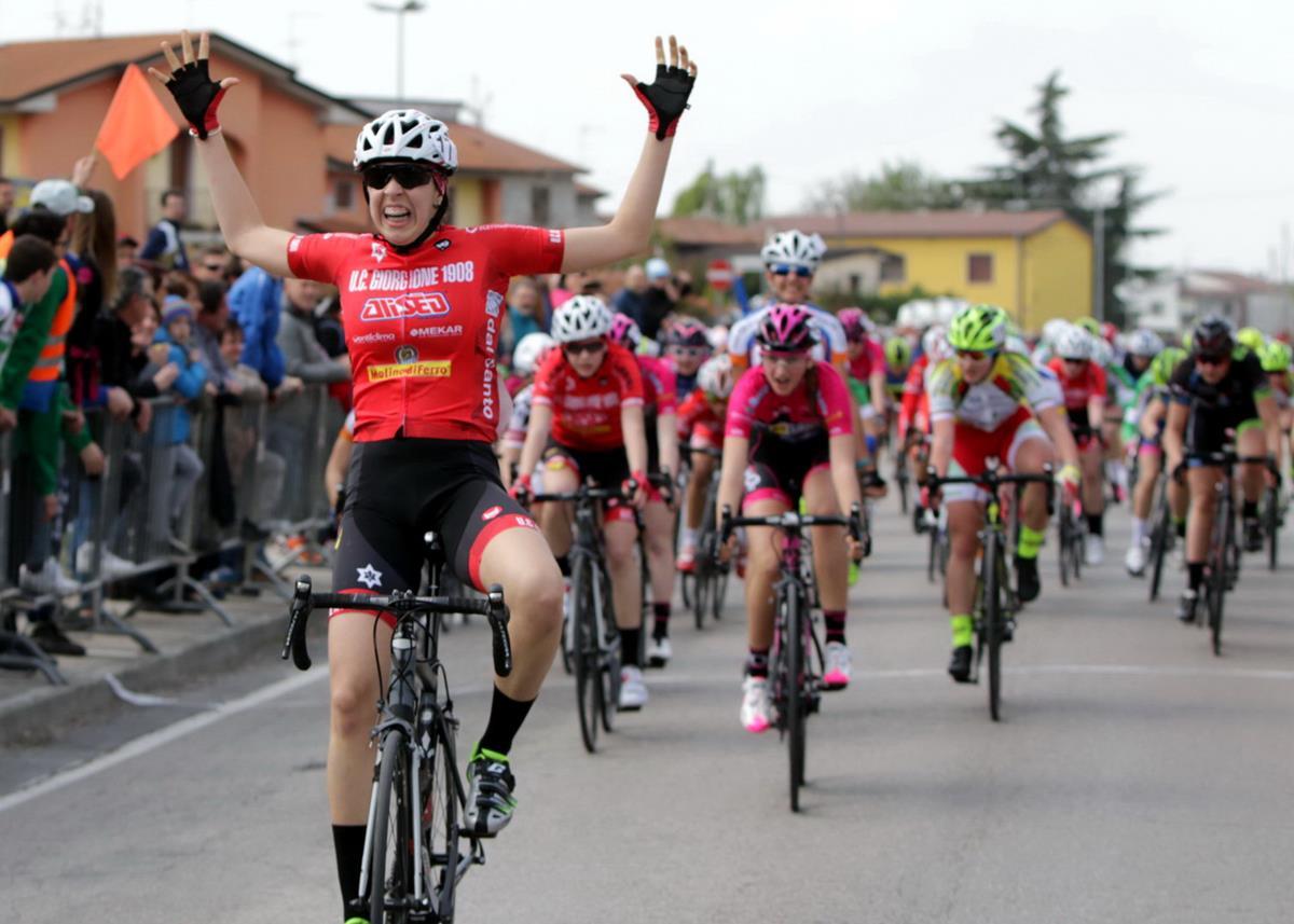Elena Contarin vince la gara Donne Esordienti di Bovolone