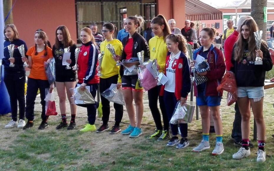 La premiazione della gara Donne Esordienti di San Marino di Carpi