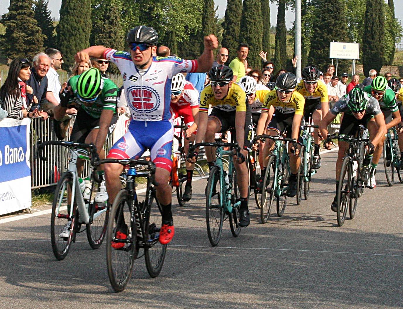 Matteo Bolcato vince a San Pietro in Cairano