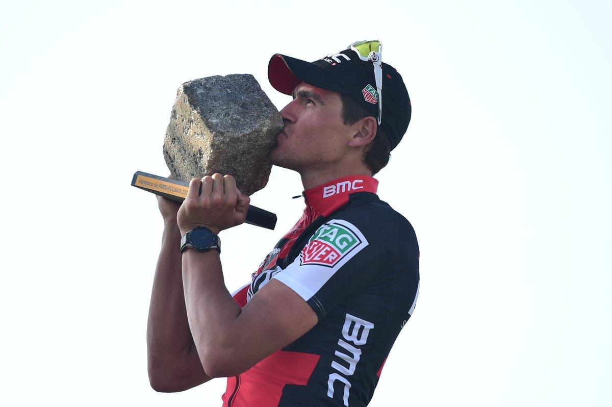 Greg Van Avermaet vincitore della Parigi-Roubaix 2017