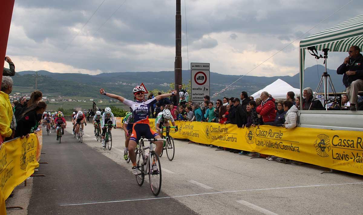 Marina Guadagnin vince in volata a Zambana