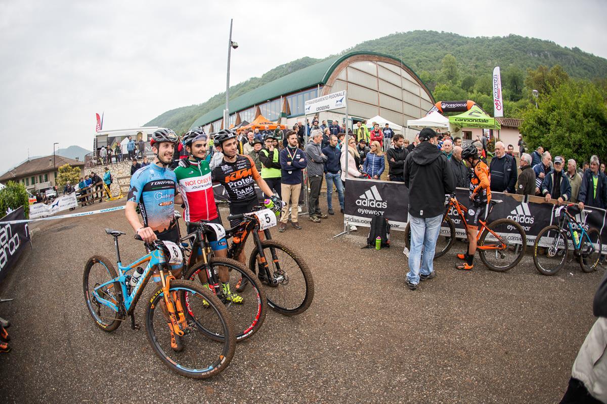 Il podio Elte dell'Agnosine Bike 2017