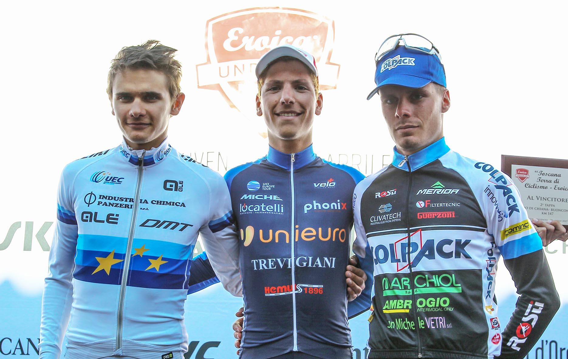 Il podio dell'ultima tappa del Toscana Terra di Ciclismo - Eroica