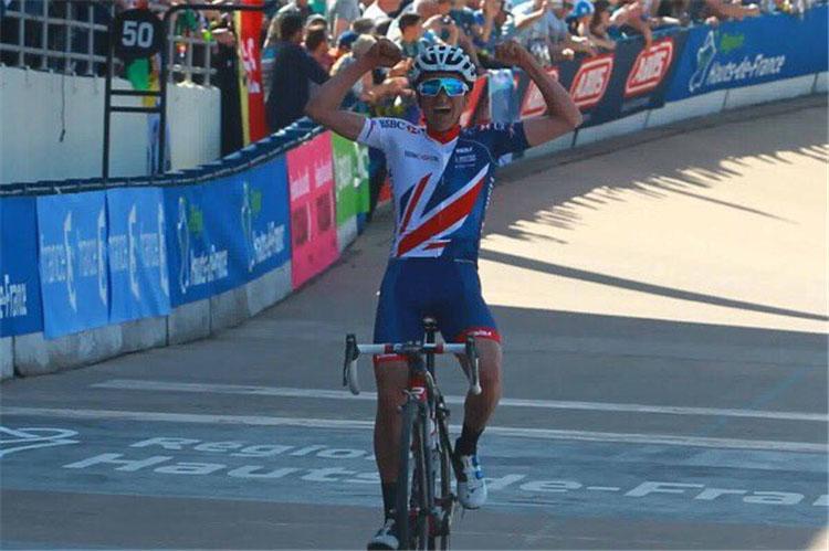 Thomas Pidcock vince la Parigi-Roubaix Juniores 2017