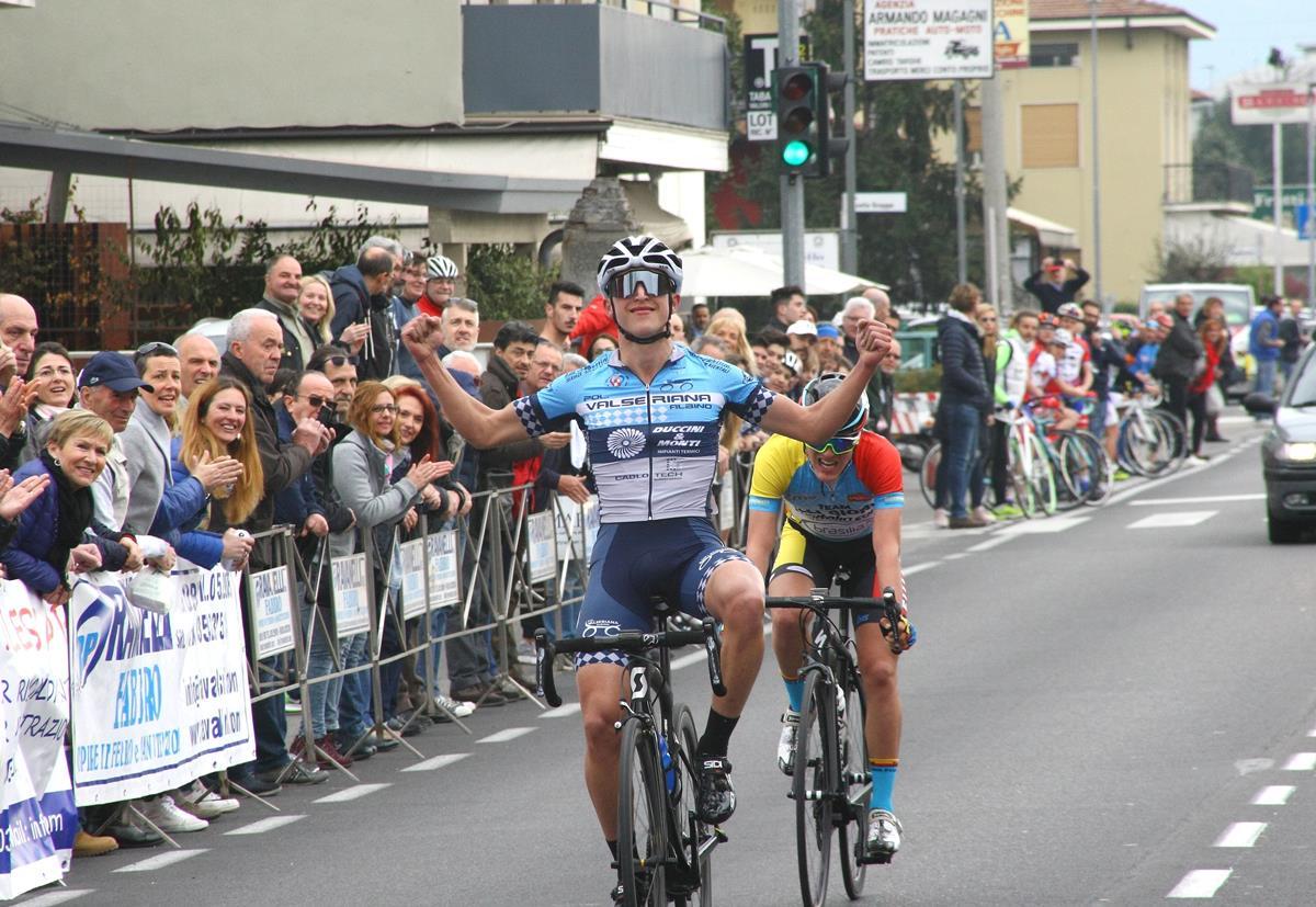 La vittoria di Davide Persico a Seriate nel Memorial Marcello Perico - Gp Ravanelli Fabbro 2017