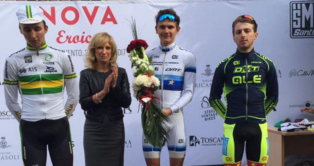 Il podio della seconda semitappa della prima tappa del Toscana Terra di Ciclismo - Eroica, vinta da Riabushenko