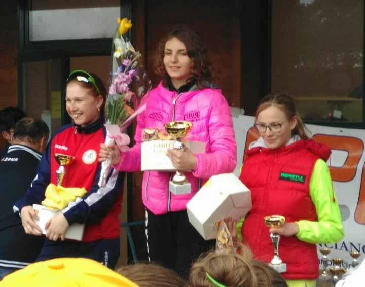 Il podio Donne Esordienti di Cavriglia