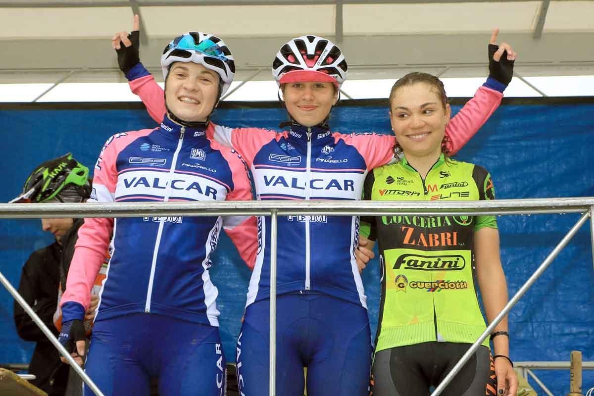 Il podio del Donne Elite del 10° Trofeo Mendelspeck
