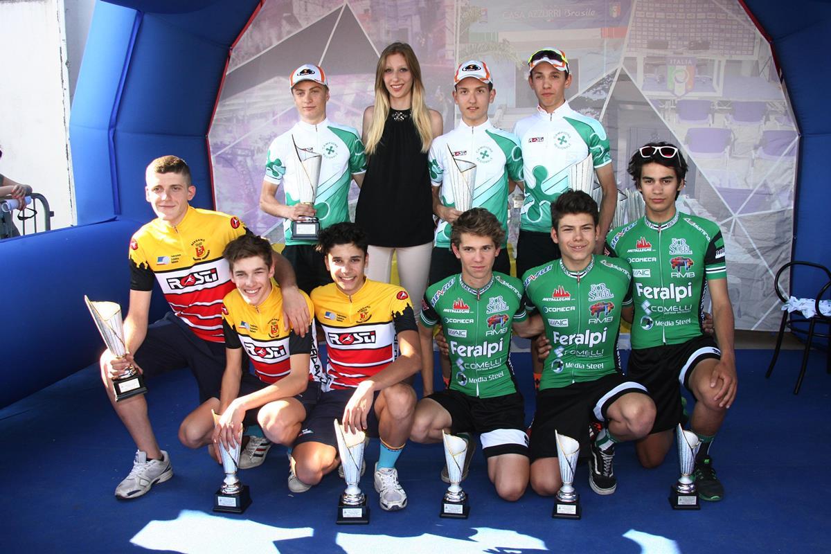 Il podio del Campionato Lombardo Allievi della cronosquadre 2017 vinto dal Pedale Senaghese