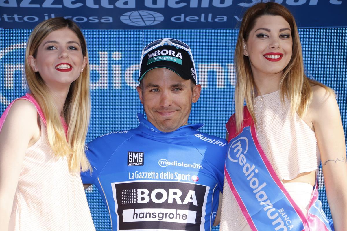 Cesare Benedetti prima maglia azzurra del Giro d'Italia 2017