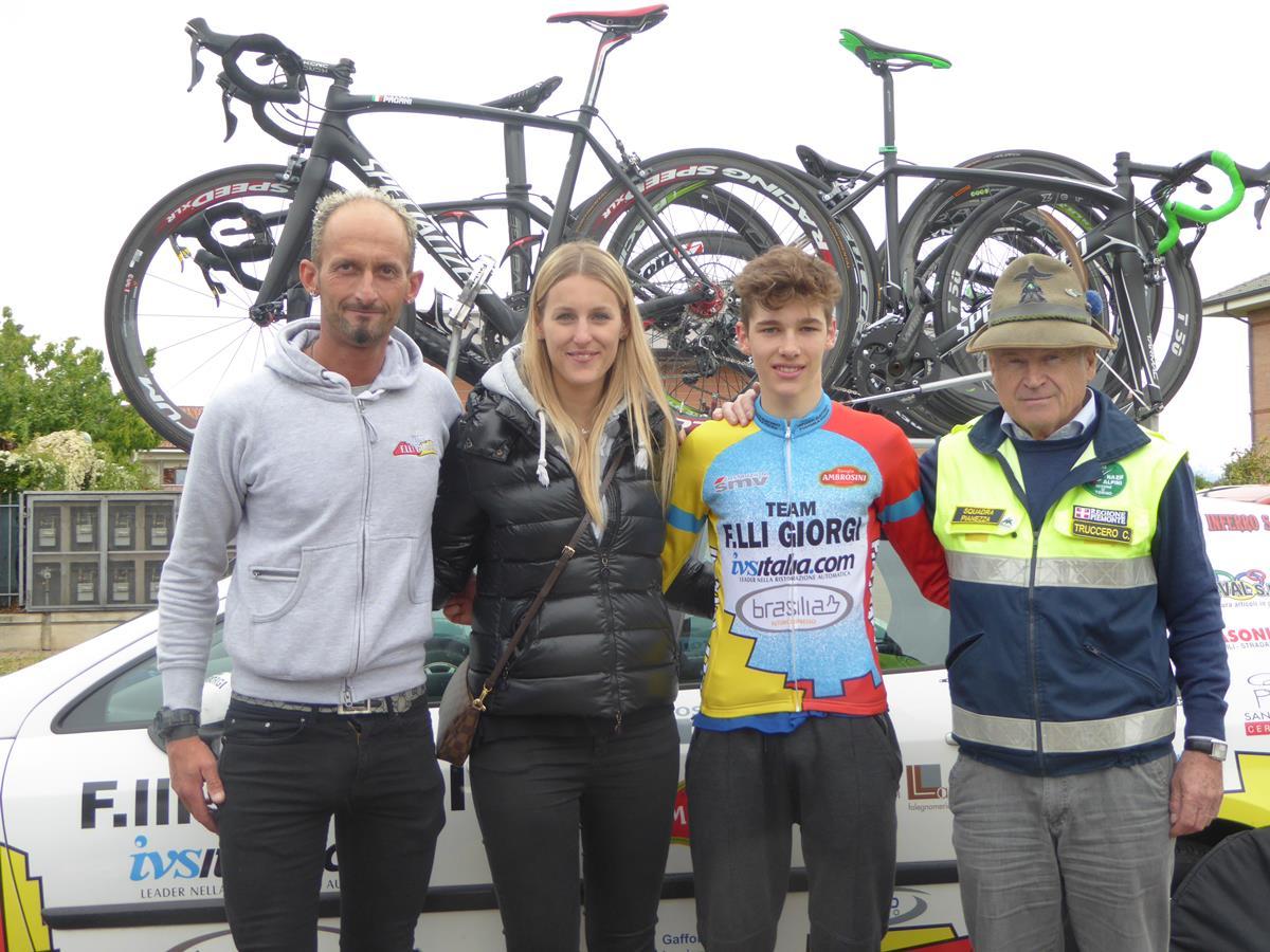 Il vincitore Nicola Plebani del Team Giorgi