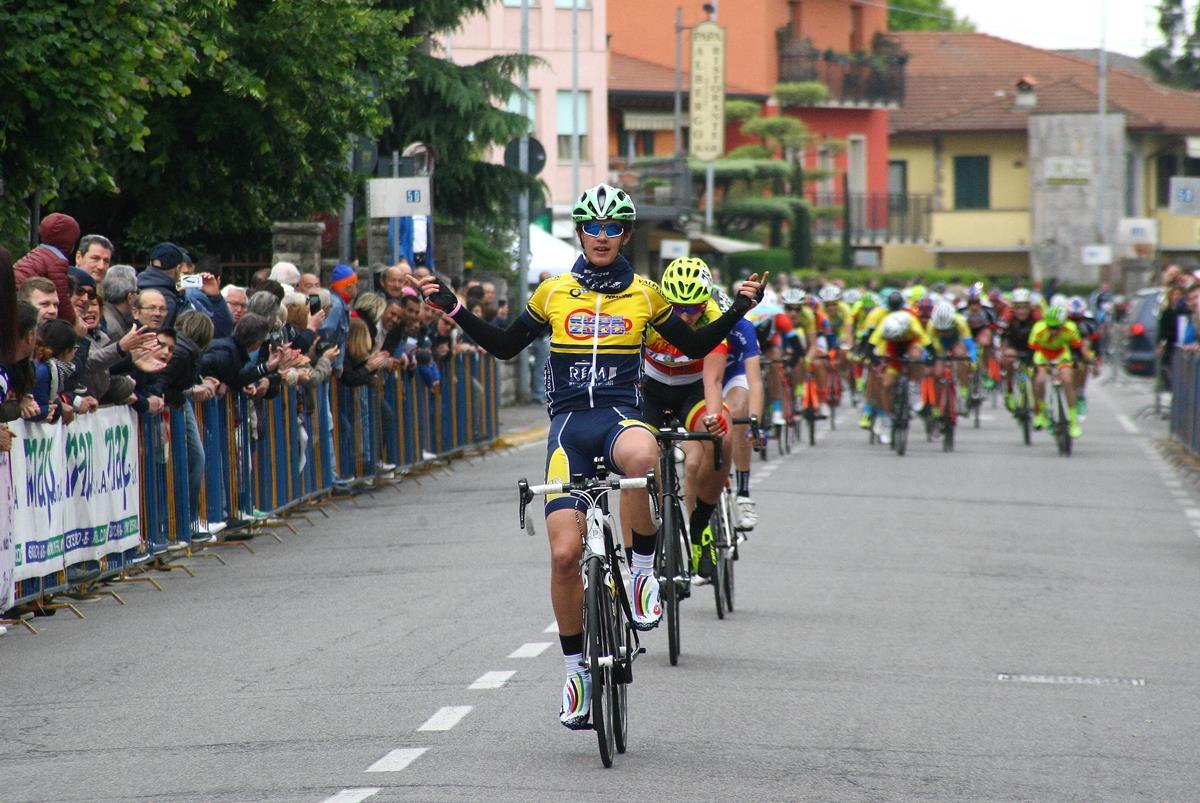 La vittoria di Luca Cretti al Gp 1° Maggio 2017 di Osio Sotto