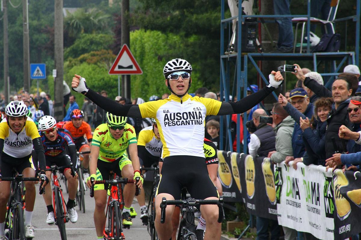 Luca Coati vince a Correzzana