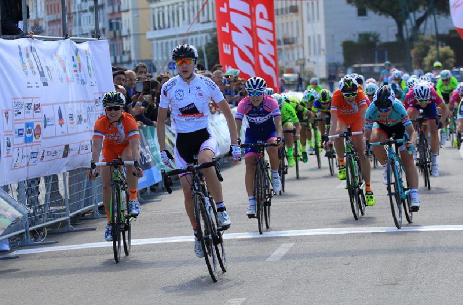 La vittoria di Martina Fidanza nella prima tappa del Giro della Campania in Rosa 2017