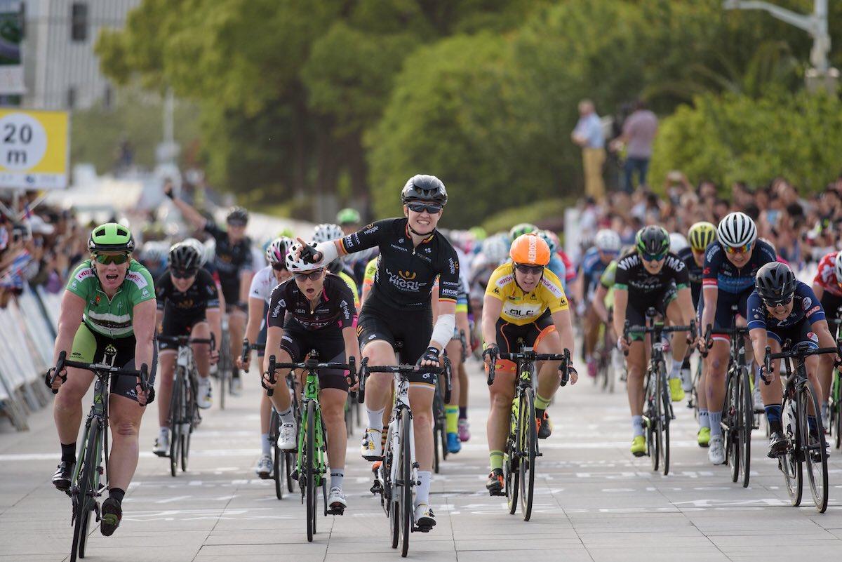 La vittoria di Jolien D'Hoore nella seconda tappa del Tour of Chongming Island (foto @UCI_WWT)