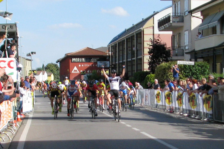 Michael Minali vince a Villafontana