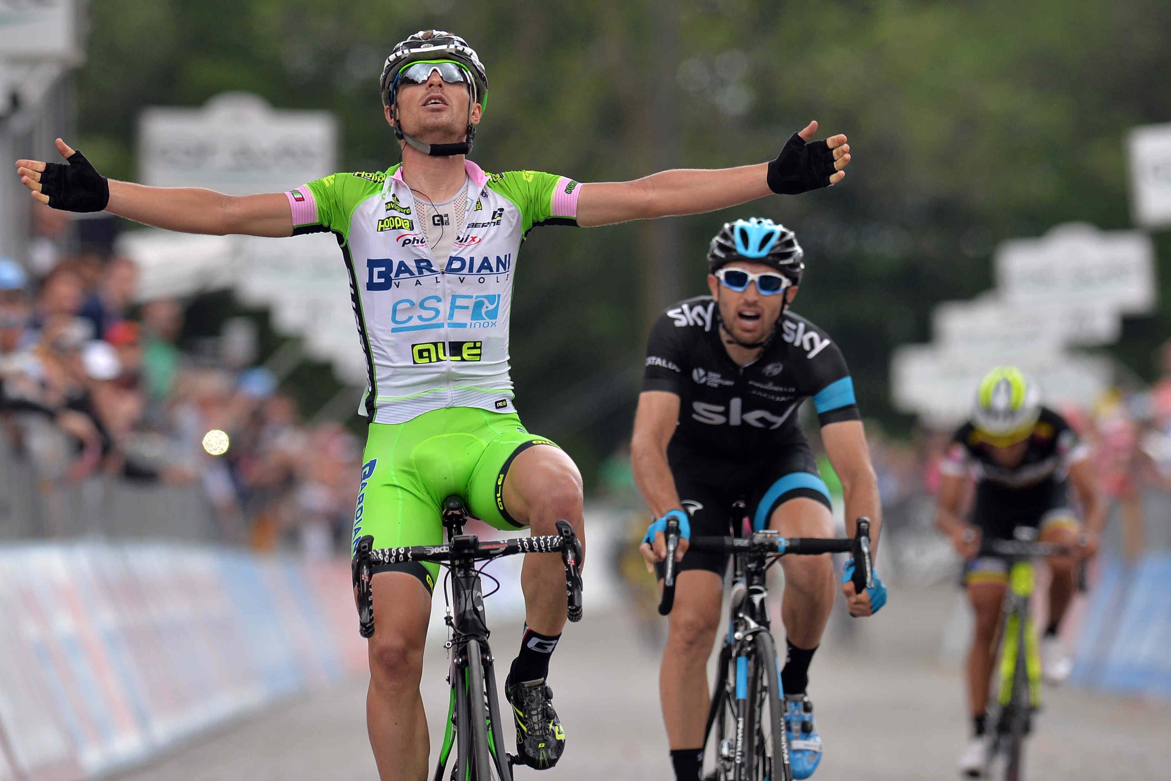 Enrico Battaglin vince ad Oropa la tappa 14 del Giro d'Italia 2014 (foto LaPresse)