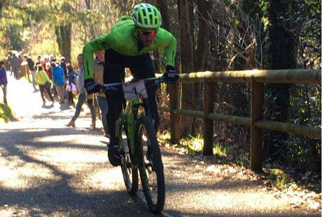 Davide Villella vince a Calusco d'Adda la sua prima gara MTB