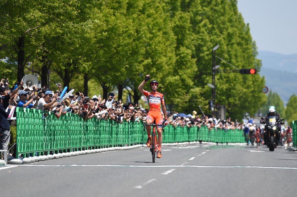 Marco Canola vince la seconda tappa del Tour of Japan 2017