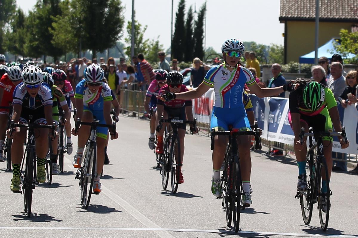 Eleonora Camilla Gasparrini vince la gara Donne Allieve di Gazoldo degli Ippoliti