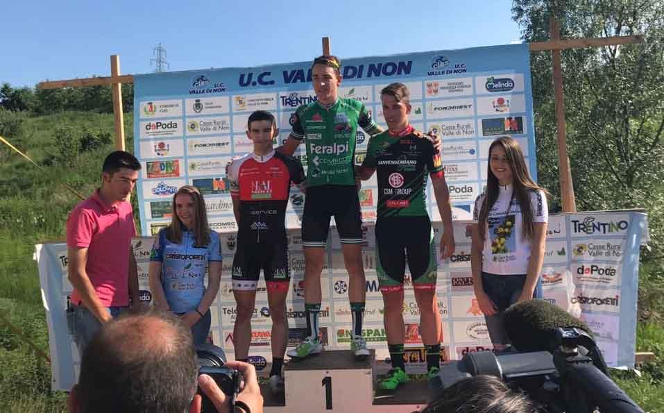 Il podio della gara Juniores di Cles vinta da Pasquale Lamanna