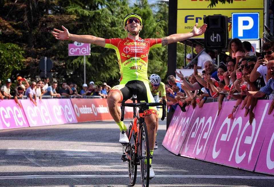 Francesco Romano vince la sesta tappa del Giro d'Italia Under 23 2017