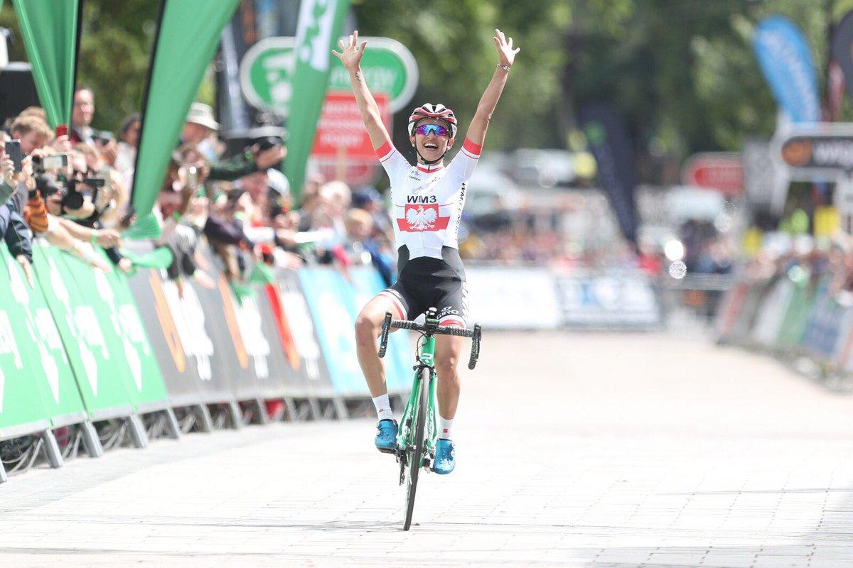 Katarzyna Niewiadoma vince la prima tappa del Women's Tour 2017