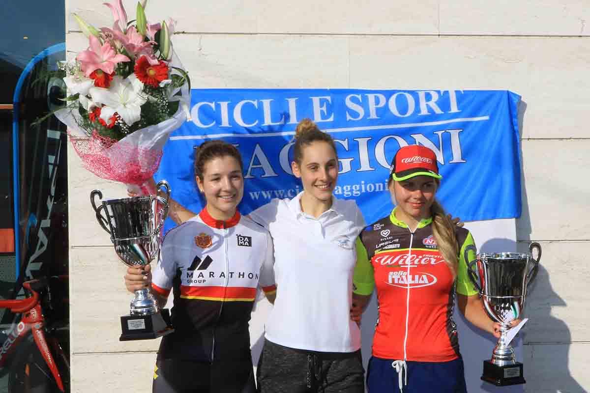 Il podio della gara Donne Open di Cesano Maderno