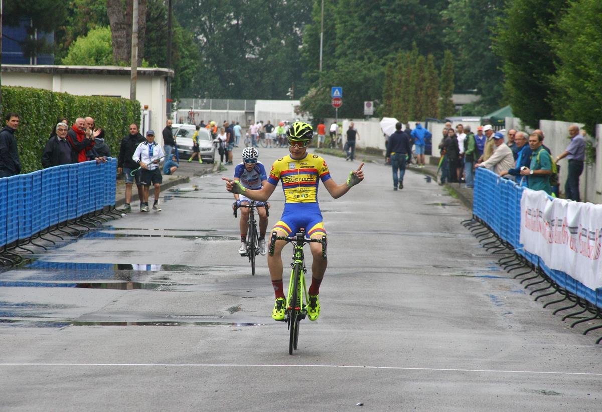 Daniele Anselmi vince a Pessano la gara Esordienti