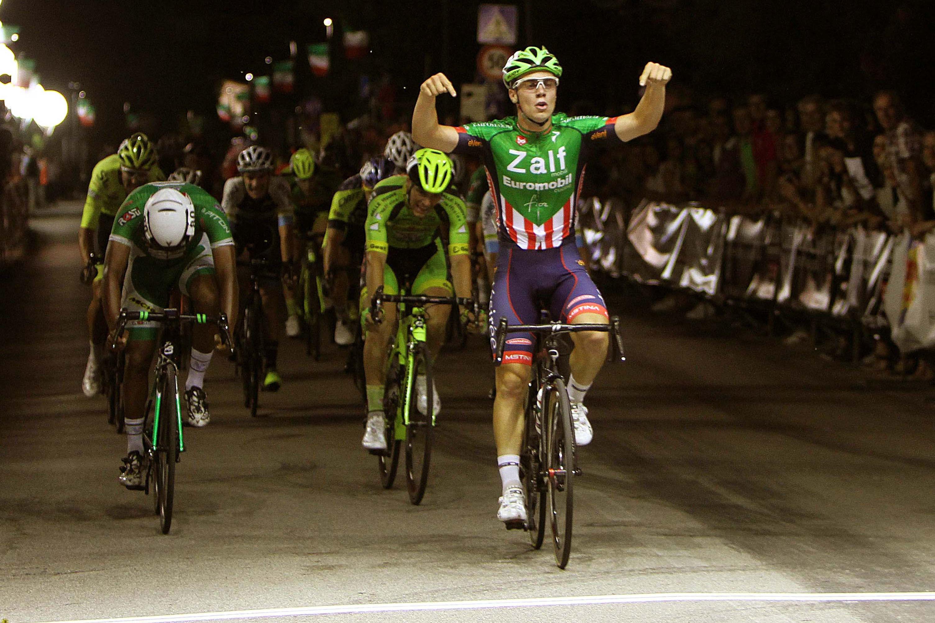 Moreno Marchetti vince la Notturna di Brugnera
