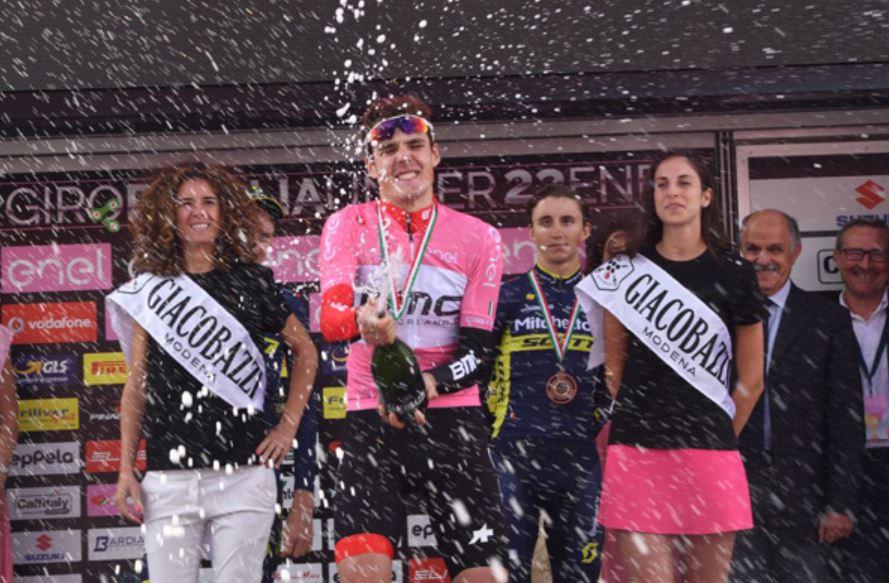 Il russo Pavel Sivakov vince il Giro d'Italia U23