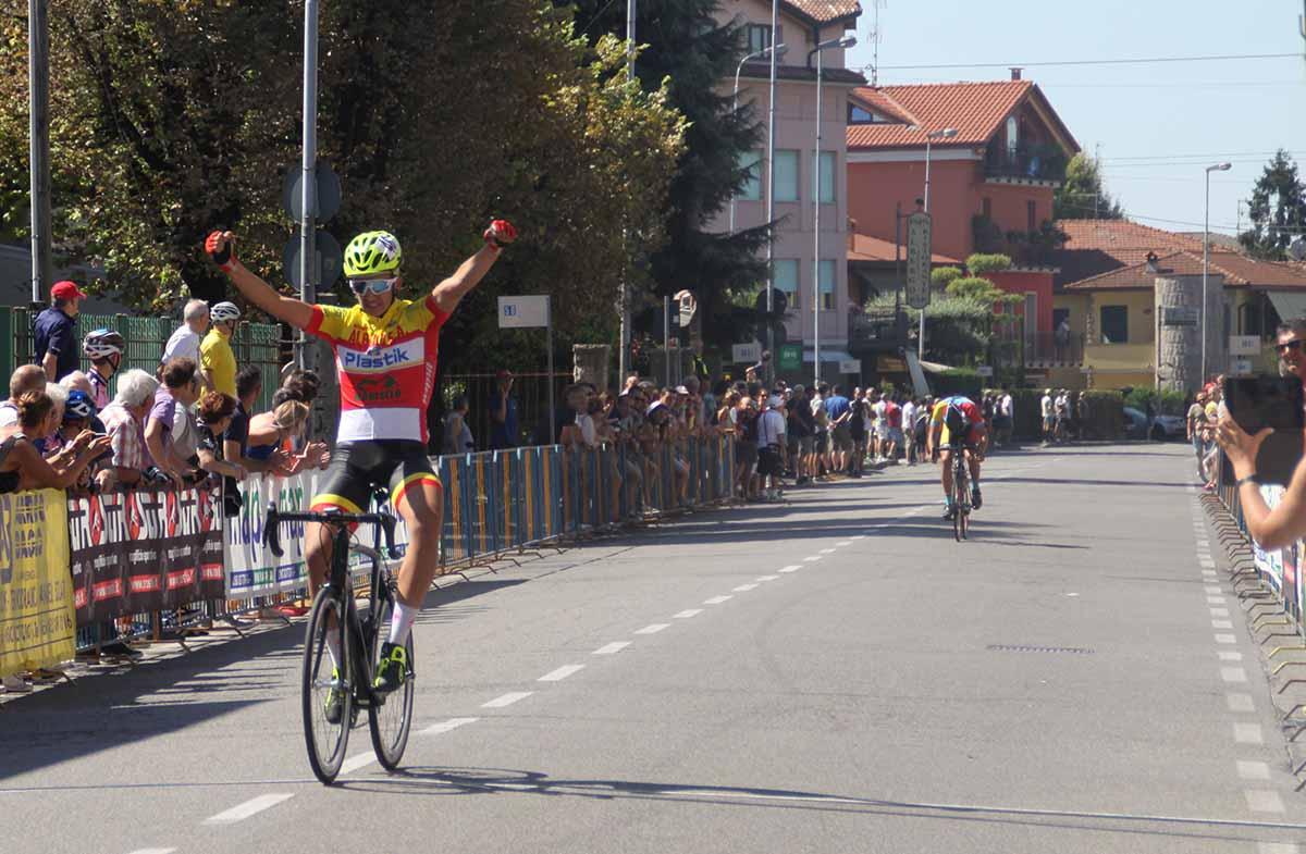 Michele Zucchetti vince ad Osio Sotto