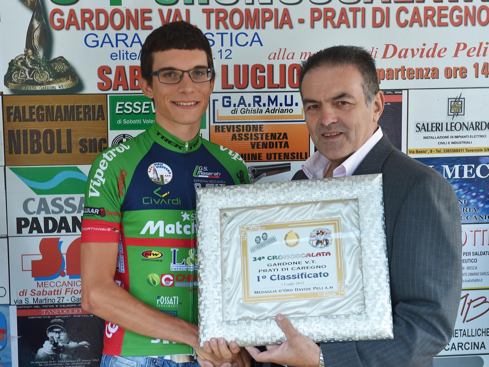 La premiazione di Alberto Amici a Prati di Caregno