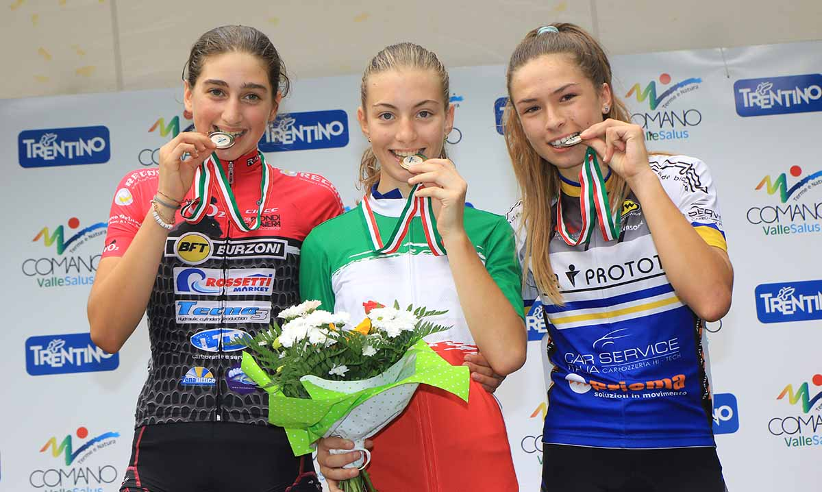 Il podio del Campionato Italiano Donne Esordienti 1° anno 2017 a Comano Terme vinto da Francesca Pellegrini