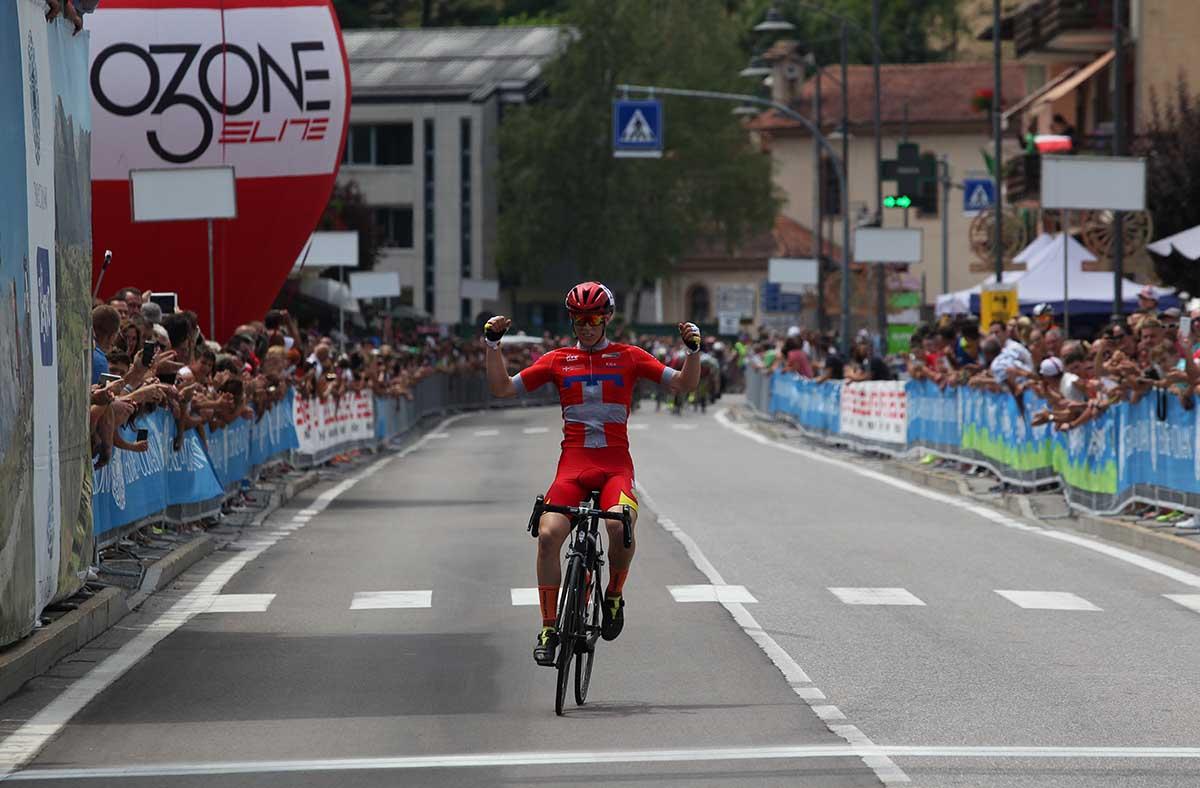 Manuel Oioli vince il campionato italiano Esoridenti 2° anno a Comano Terme