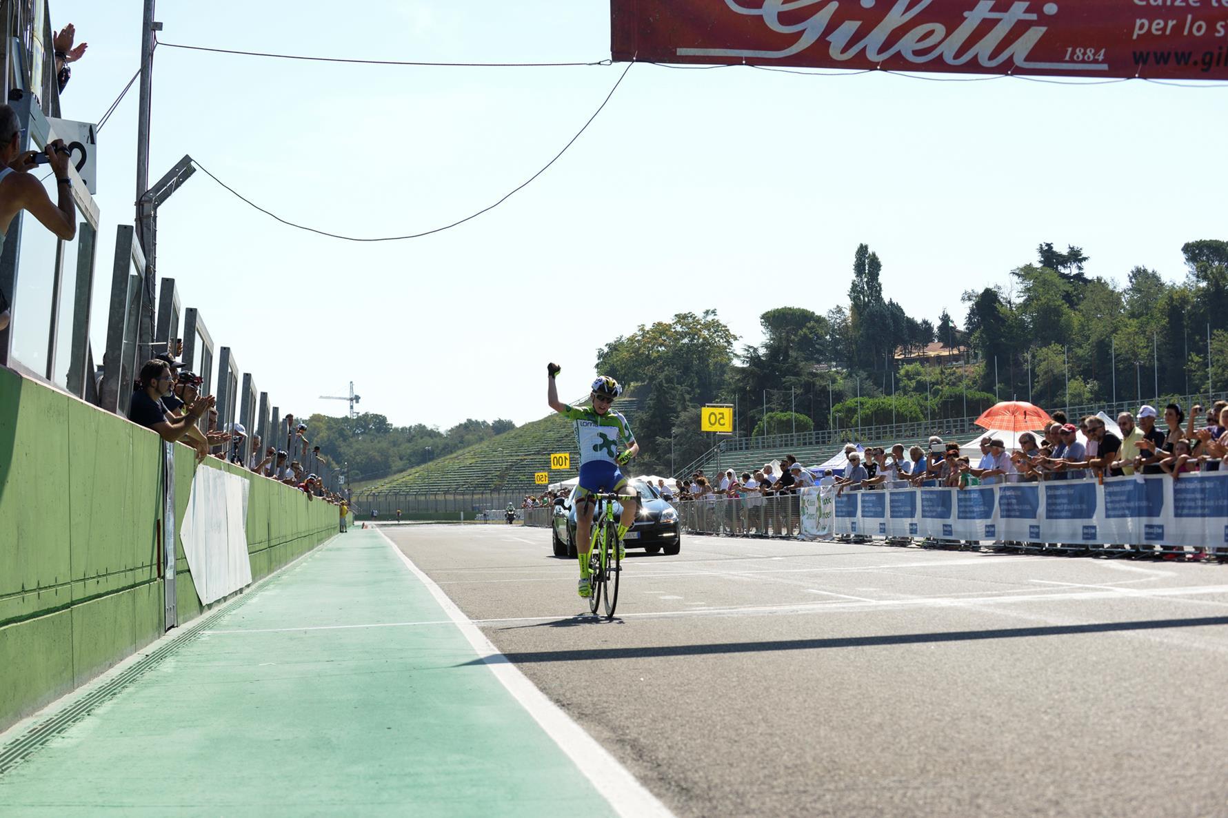 Gabriele Casalini vince la gara Esordienti 1° anno del Gp Fabbi Imola 2017