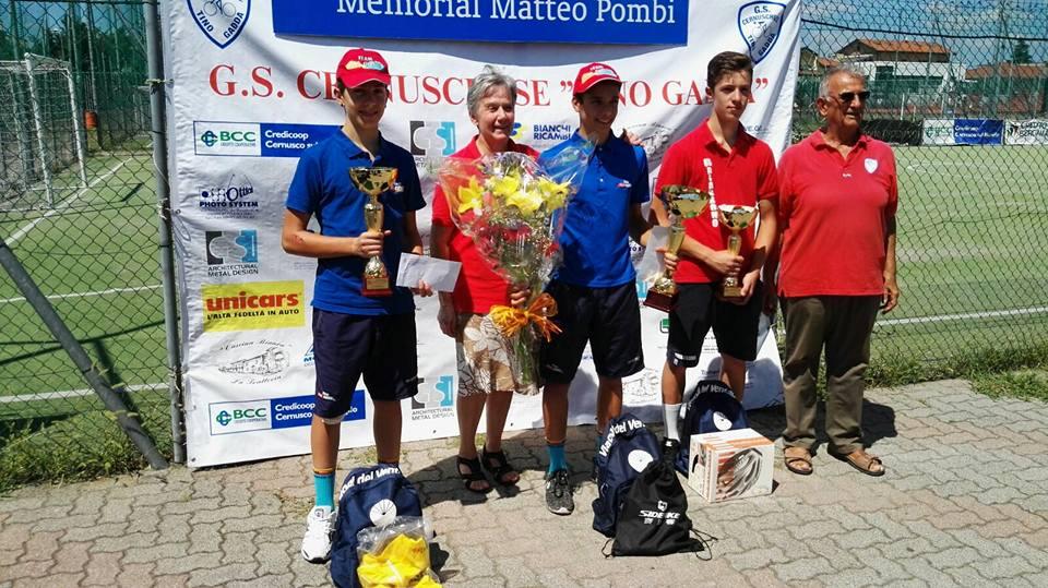 Il podio del Memorial Pombi di Cernusco sul Naviglio vinto da Andrea D'Amato