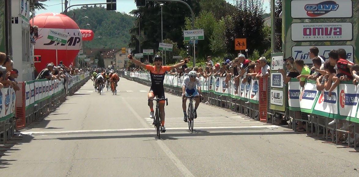 Luca Rastelli vince l'ultima tappa della 3GIORNIOROBICA 2017 battendo Rocco Imbruglia