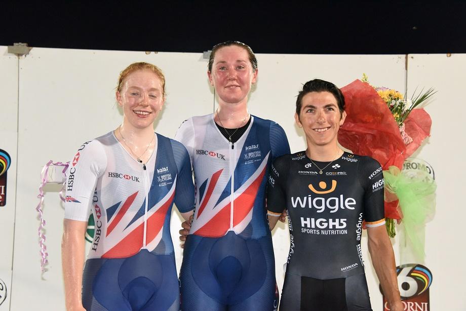 Il podio della Corsa a punti Donne UCI