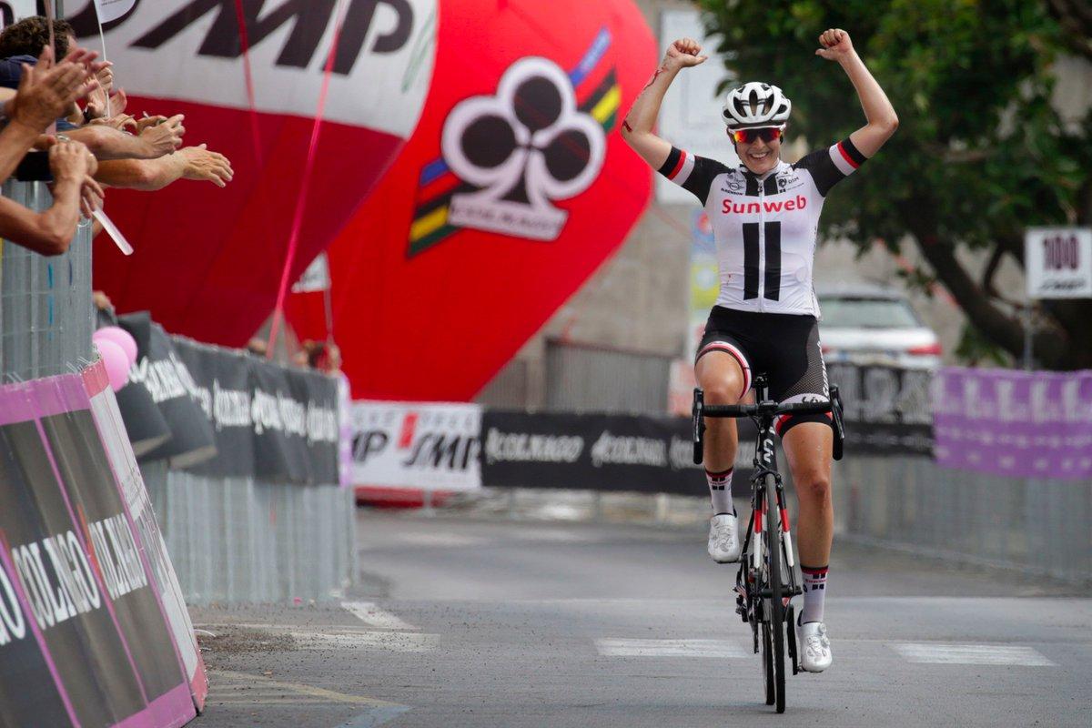 Lucinda Brand vince l'ottava tappa del Giro Rosa 2017 a Palinuro