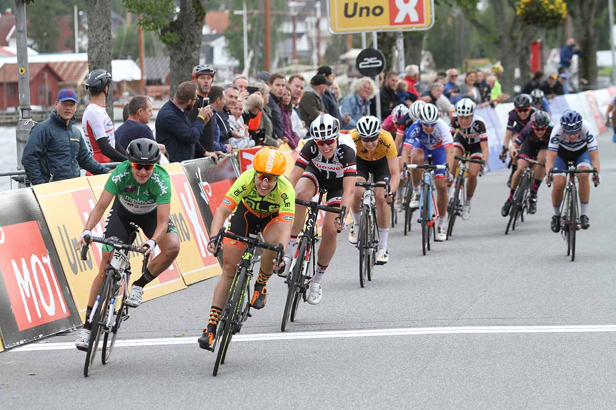Chloe Hosking batte Marianne Vos nella seconda tappa del Ladies Tour of Norway