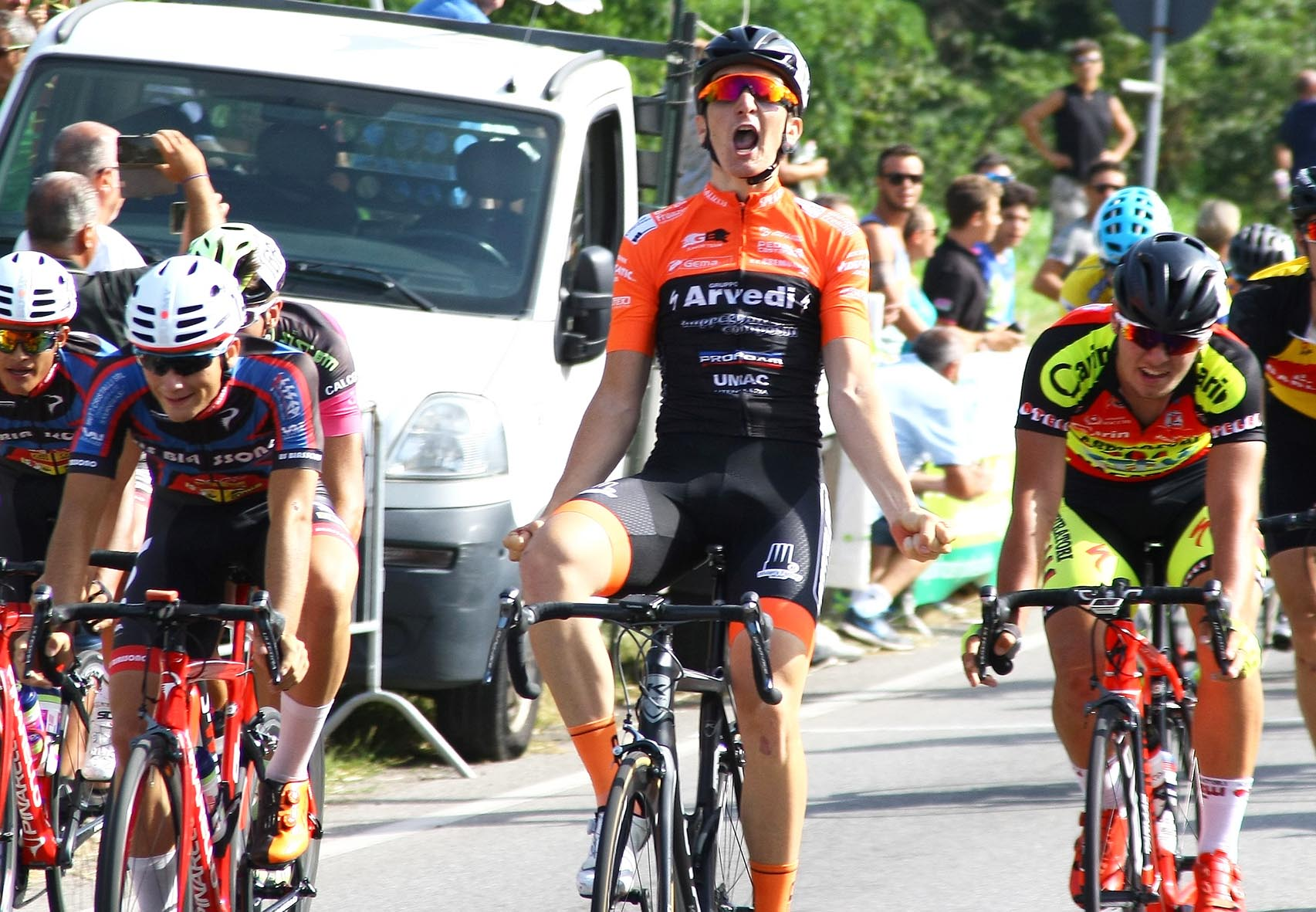 Davide Ferrari vince a Corbetta