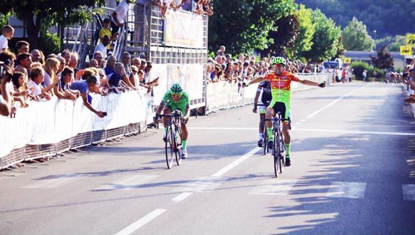 Eros Colombo vince il 101° Giro del Casentino