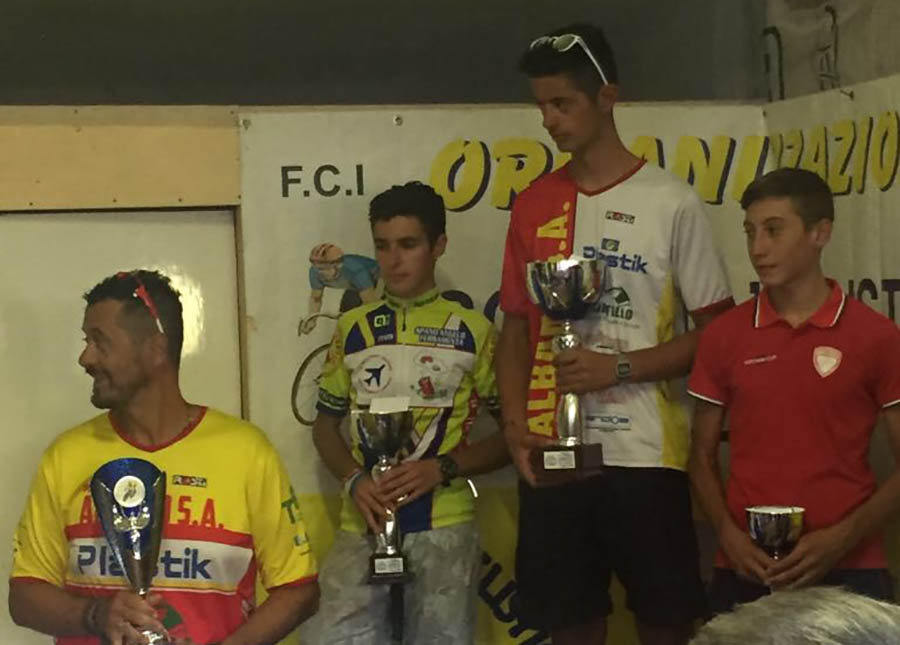 Il podio Allievi della gara di Ozieri vinta da Yuri Brioni