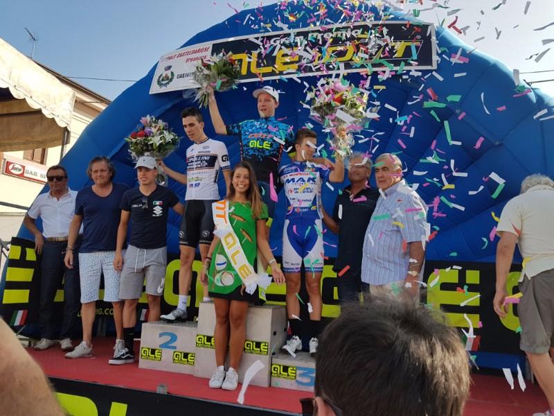 Il podio del 15° Gp Dmt Alé a Castel d'Ario