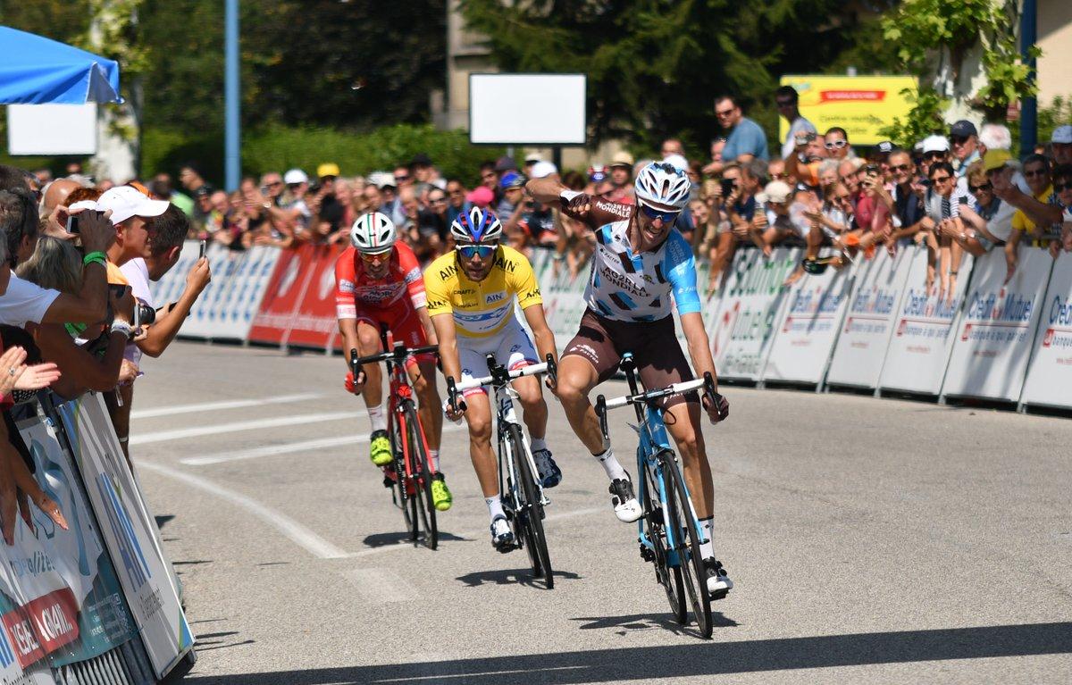 Alexandre Geniez vince l'ultima tappa del Tour de l'Ain davanti a Thibaut Pinot che vince il giro