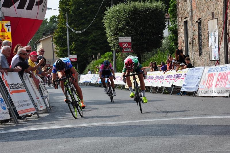 Janneke Elsing vince la prima tappa del Giro di Toscana Femminile