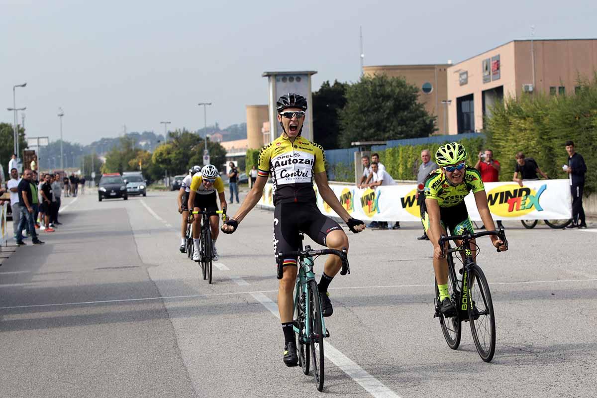 Matteo Panarotto vince a Colognola ai Colli