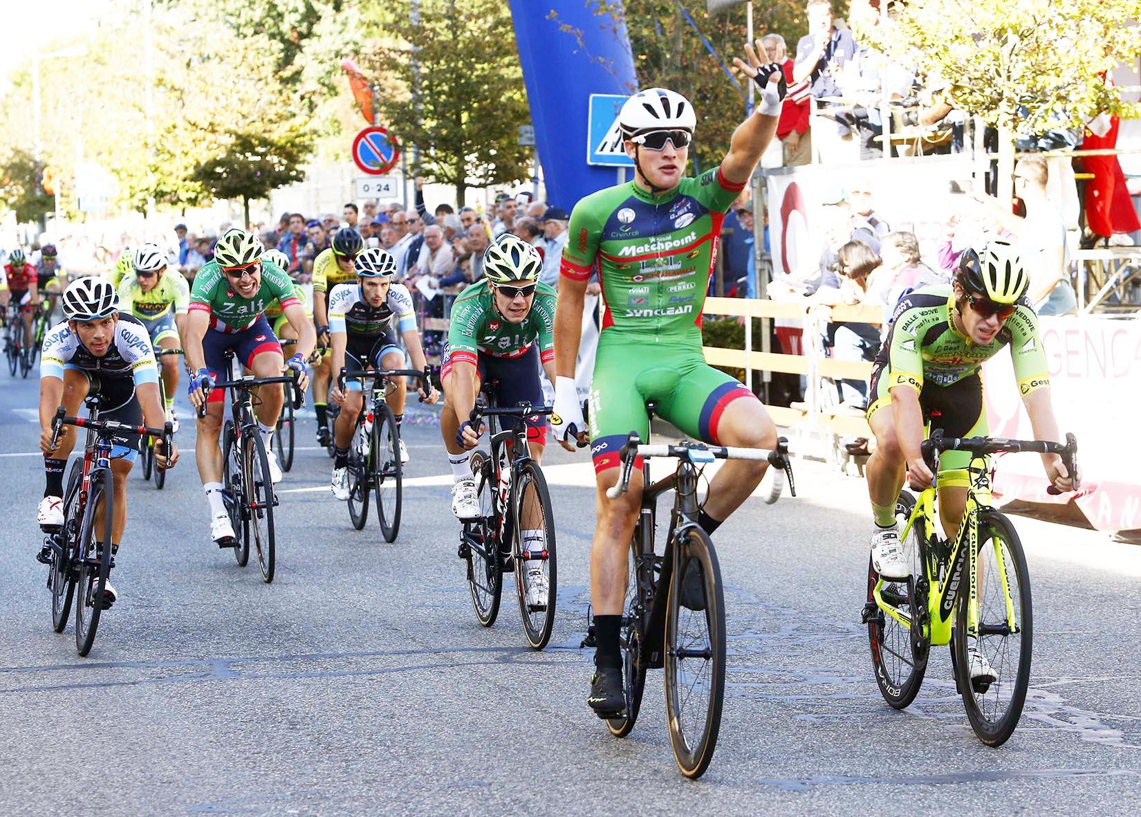 Imerio Cima vince a Sannazzaro de Burgondi